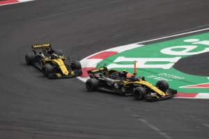 Renault changes F1 team name