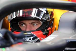 F1 Gossip: Verstappen reveals 2019 helmet design