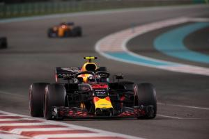 Verstappen blinded by oil from Gasly's Honda F1 engine