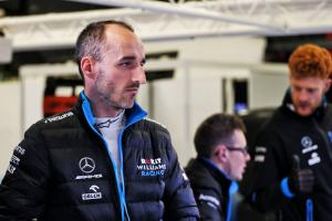 "Kubica has 'a lot to discover' on ""emotional"" second F1 debut"