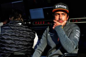 Alonso won't rule out F1 return as he keeps sharp with McLaren