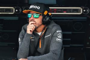 Alonso yet to discuss full-time F1 comeback with McLaren