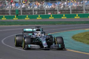 Hamilton leads first Australia F1 practice as Albon crashes