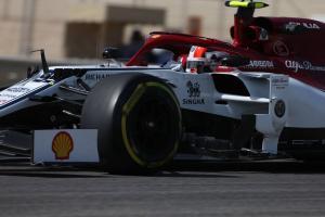 Hulkenberg, Giovinazzi escape punishment for FP1 clash