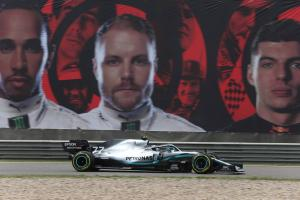 Confident Bottas keeps expectations in check