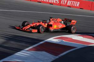 Vettel 'sort of regrets' not gambling on Q3 tow boost