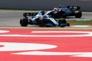 Williams drivers swap chassis for Spanish GP