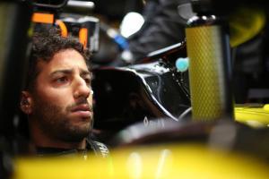 Ricciardo: Renault 'underachieved' in Spanish GP
