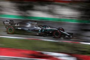 "Hamilton has ""work to do"" with Mercedes"