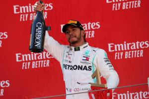 Hamilton dedicates Spanish GP win to terminally ill F1 fan