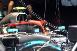 Mercedes to run red Halo on F1 cars as Lauda tribute