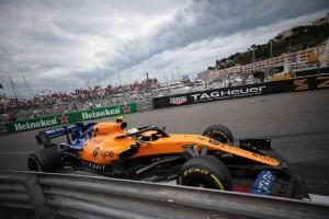 Norris happy to play 'team game' to help Sainz in Monaco