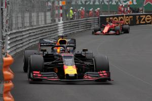 "Verstappen braced for ""difficult"" Canadian GP weekend"