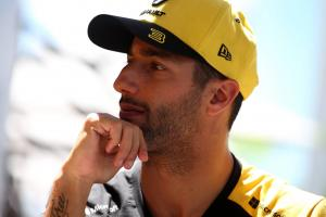 "Canada the ""best test yet"" for Renault's F1 engine - Ricciardo"