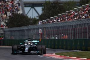Hamilton: Ferrari 'killing' Mercedes on straights in Canada