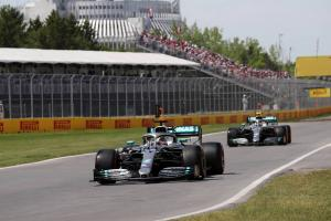 Bottas pleased with qualifying, downbeat with race pace vs Hamilton