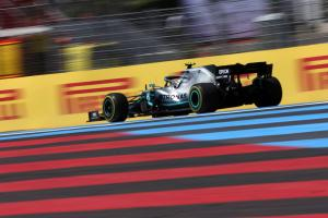Bottas engine misfire gave Mercedes late 'headache'
