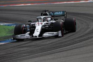 Mercedes sees chance for redemption at Hungarian GP