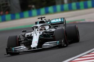 Hamilton edges Verstappen, Vettel in close Hungary FP3