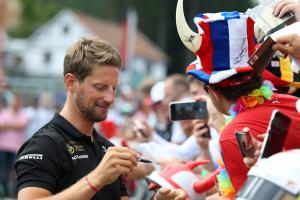 Grosjean 'quite confident' of F1 stay, but considering options