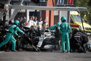 Mercedes explains Hamilton's pit stop time loss at Spa