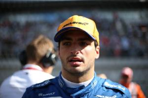 Sainz 'trying not to lose my head' over recent non-scores