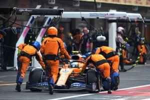 McLaren 'working very hard' to improve F1 pit stops