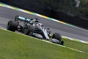 Hamilton unsure if Mercedes can make up deficit to Ferrari