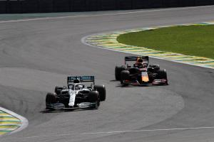 Hamilton penalised for Albon clash, Sainz gets podium