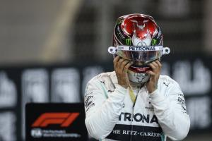 Hamilton: Only smart to think about future amid Ferrari rumours