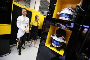 Palmer found out about Renault sacking in online article