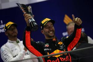 Formula 1 Gossip: Car plays a big part in Hamilton victories, says Ricciardo
