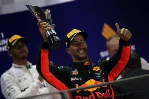 Formula 1 Gossip: Car plays a big part in Hamilton victories, says Ricciardo