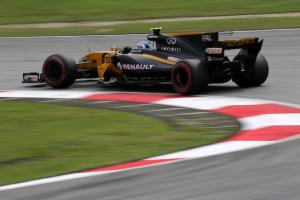 F1 team bosses fume over possible FIA technical chief move to Renault