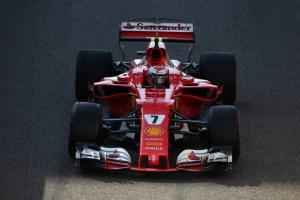 "Raikkonen blames ""snappy"" Ferrari for qualifying pain"