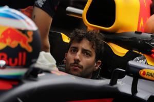 Formula 1 Gossip: Ricciardo 'aware' of risks when waiting for contract