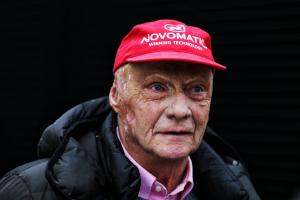Lauda discharged from hospital in Austria