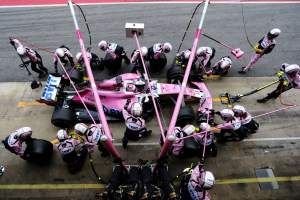 Force India latest F1 team hit by pit stop problem