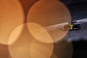 """Ricciardo hopes to """"bully"""" Perez at start of Bahrain F1 GP"""