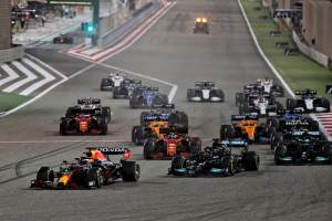 Max Verstappen (NLD) Red Bull Racing RB16B leads at the start of the race.