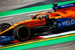 Sainz 'happy' with new F1 power unit after cooling issue fix in Spain