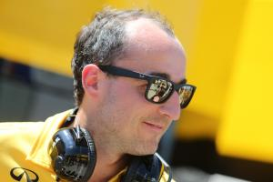 Lowe hints at Kubica Williams test in Abu Dhabi