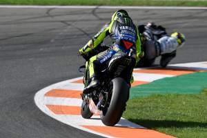Valentino Rossi: Bentuk hero-to-zero Yamaha 'luar biasa'
