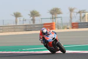 Dovizioso yet to open contract talks, lap time comes easily