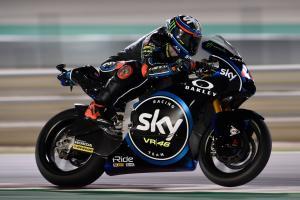 Moto2 Qatar: Bagnaia hangs on for first win
