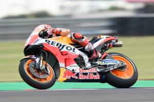 Marquez romps to fastest time in FP3