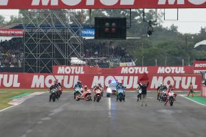 Round-up: Argentina MotoGP - Crutchlow stuns in wild race
