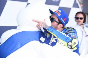 Iannone counts on luck as Suzuki resurgence continues