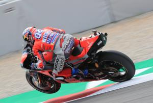 Dovizioso tops FP3, Marquez loses out