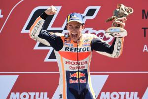 'We were fighting everybody' - Marquez talks Rins, Vinales contact